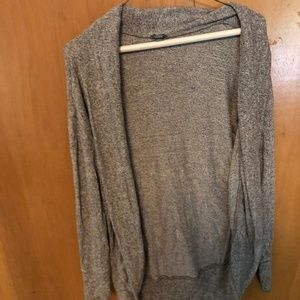 ⭐️American Eagle Grey Cardigan-Extra Small⭐️